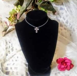 Choker necklace with vintage silver cross pendant